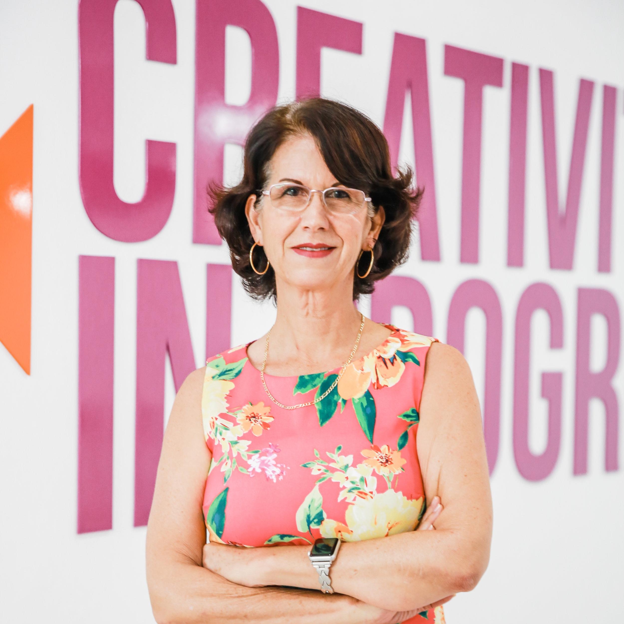 CARLA MCNAB  Managing Director + HR