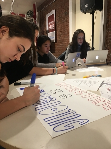 Members prepare for the Women's March on Washington