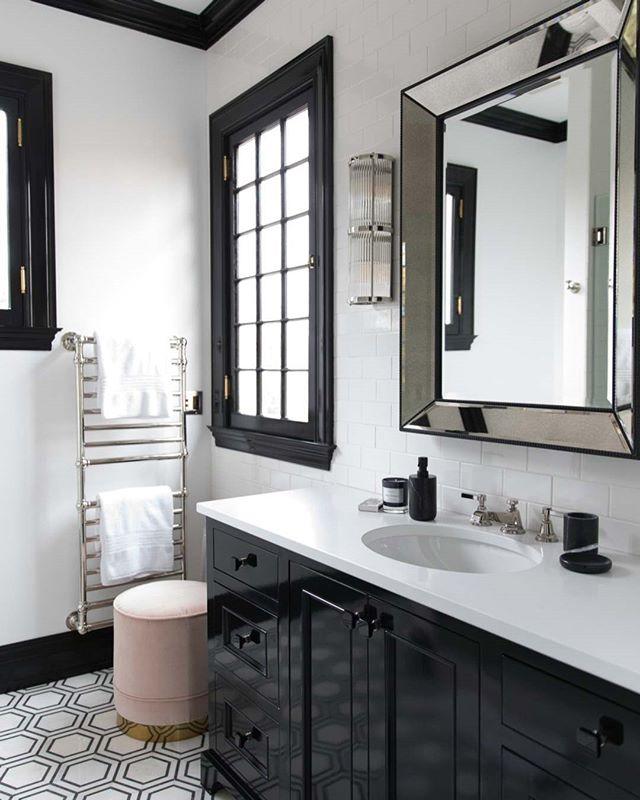 Classic!  #blackandwhite #bathroomdesign #bathroomtiles #interiordesign #interiors #interiorstyle