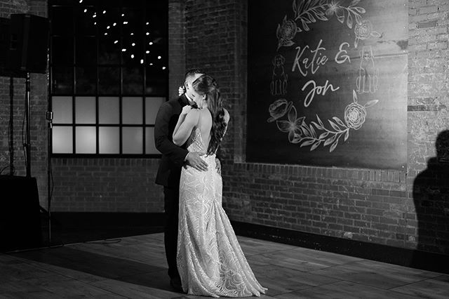 Got some FUNNN events happening @durhamcookery over the next few weeks. So stay tuned for more! . . For now, here's a throwback from this gorgeous spring wedding. . . . #durhamwedding #durhamweddingvenue #durhamnc #raleighwedding #raleighweddingvendor #raleighchalkart #chalkartist #graphicdesign #newlywed #newlyweds #justmarried #engaged #bride #groom