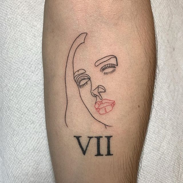 "Sam told me he thought @dualipa was ""fire"", so we used her face for his tattoo, haha. Here's to living in the moment. #bodyelectrictattoo #tattoo . . . #california #fineline #lineworktattoo #linework #latattoo #latattooartist #losangelestattoo #losangelestattooartist #minimalism #dualipa #melrose #rayjtattoo"