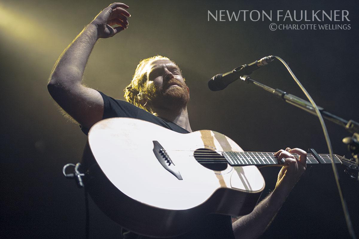 Newton-Faulkner08WM.jpg