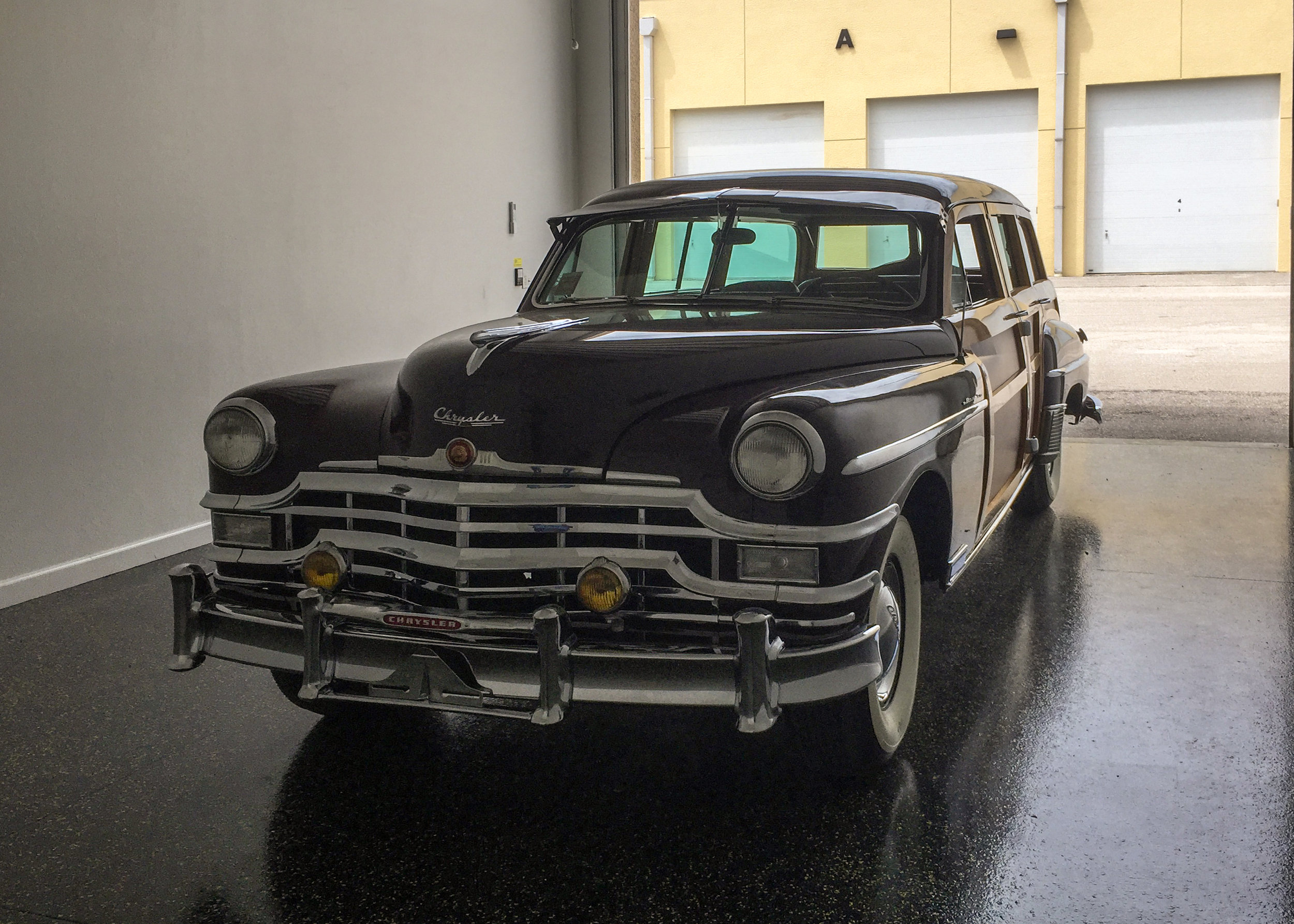 1949 Chrysler station wagon (woody) 1.JPG