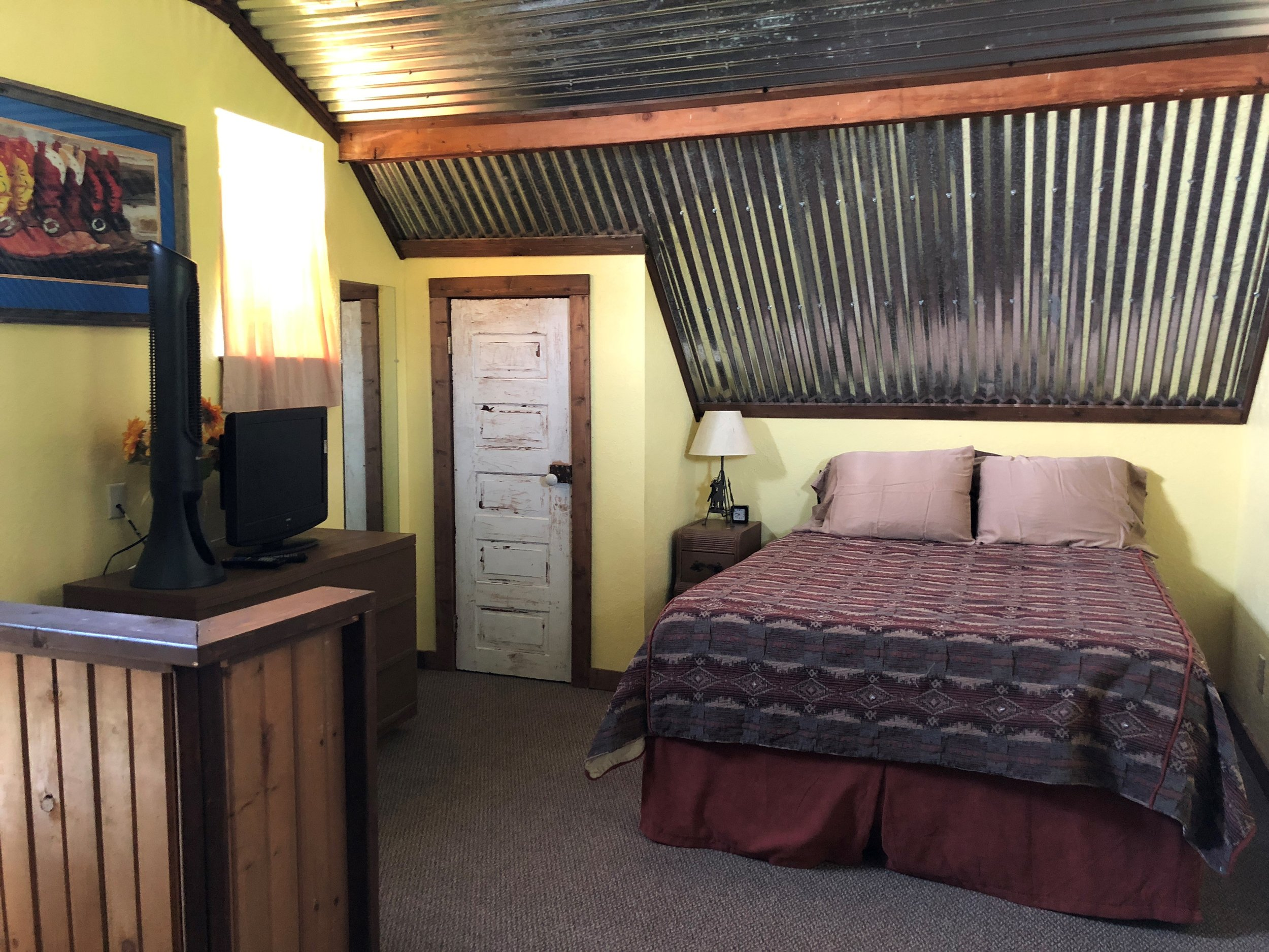 BRANDIN POST BEDROOM.jpg