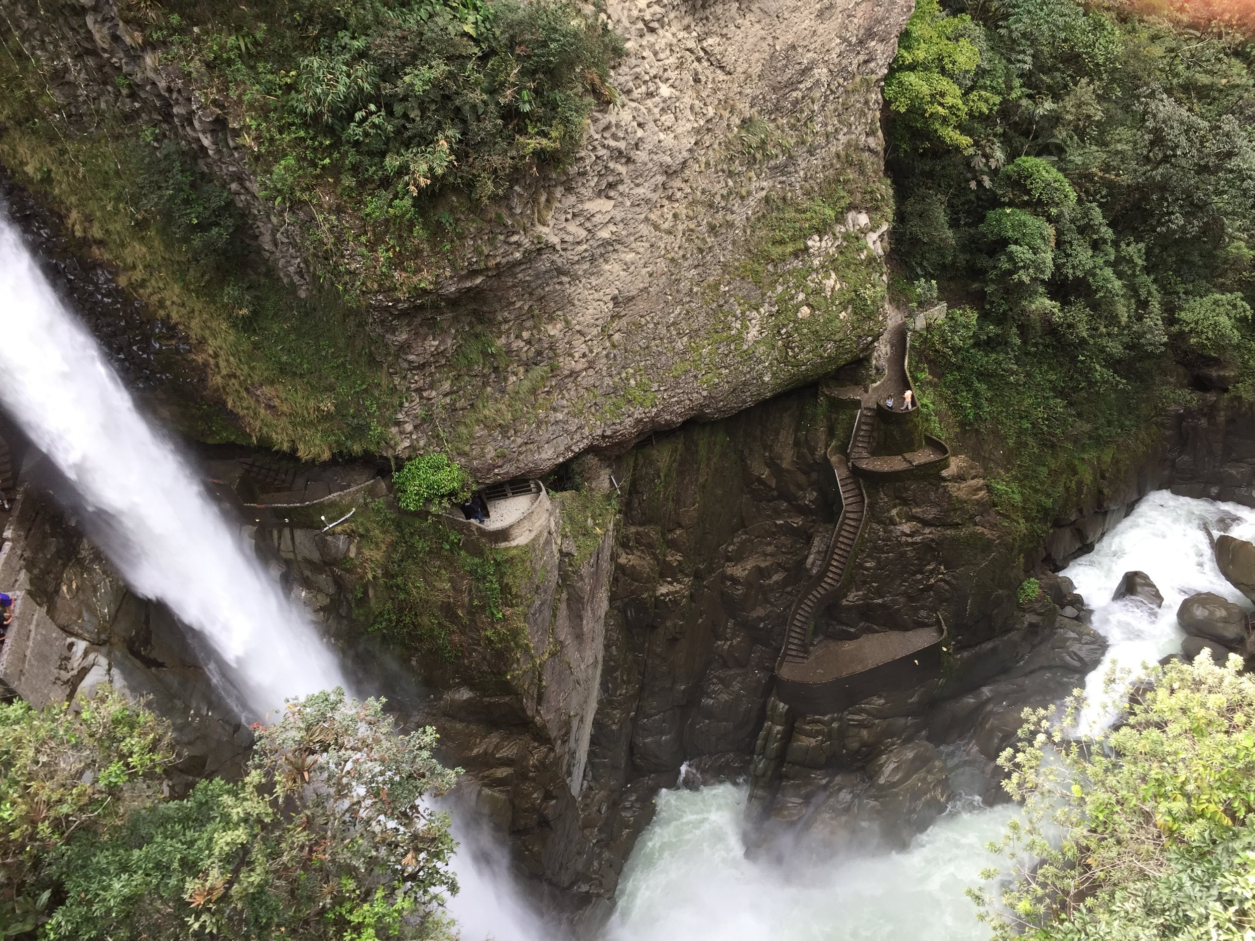 See the famous Devil's cauldron waterfall.jpg