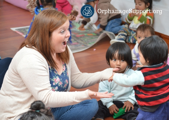 Volunteer with the children