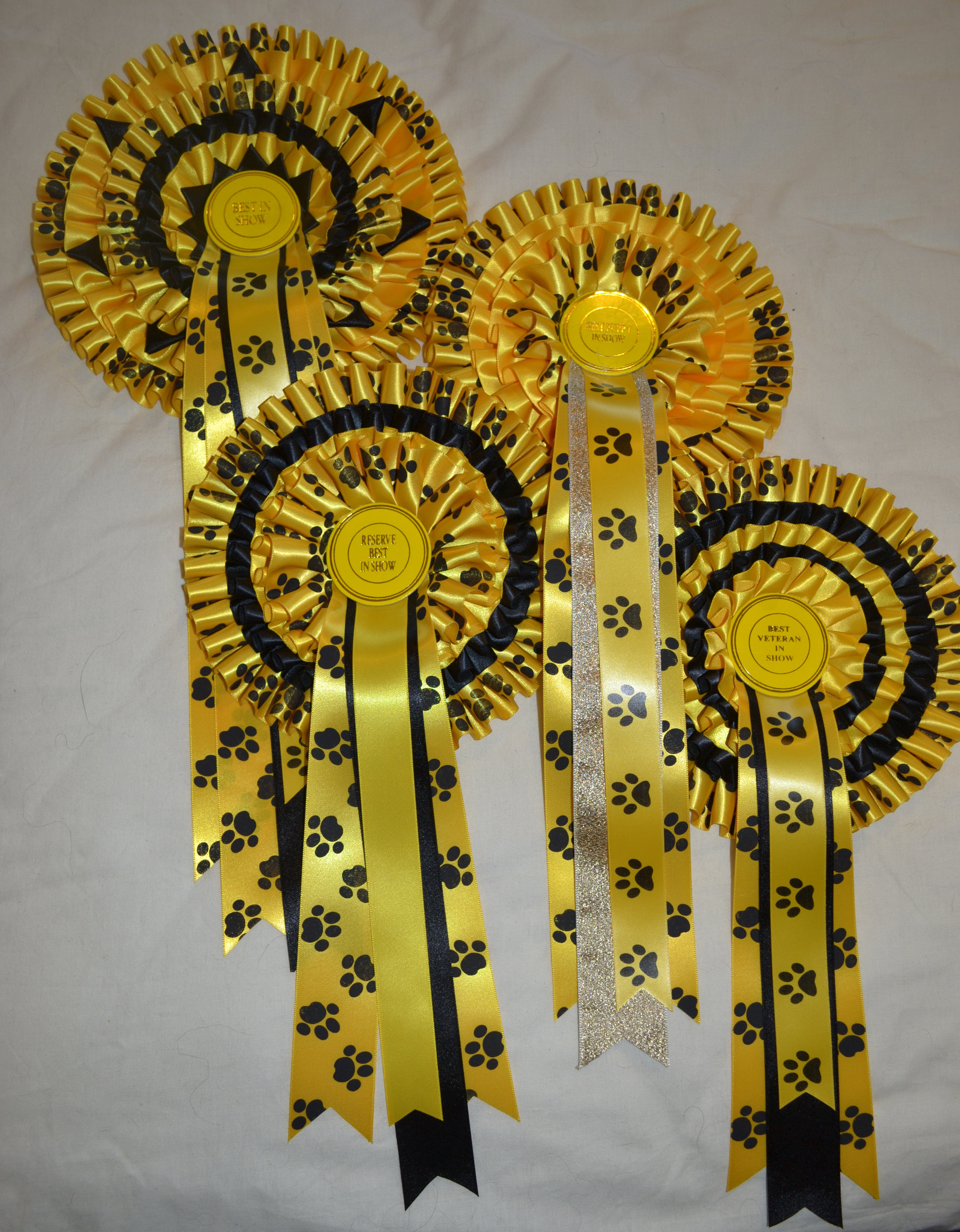 Best in Show pedigree rosettes 2019.jpg