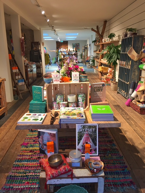 The store entrance for YAY is at Gerard Doustraat 74, the cafe entrance is at Albert Cuypstraat 101-103