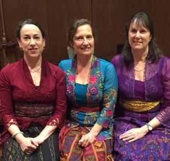 (L to R) Photo of Carla Fabrizio, Sarah WiLlner, & Lisa Gold