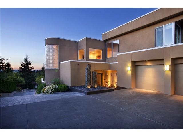 $2,500,000   9085 NE 26th St, Clyde Hill 98004