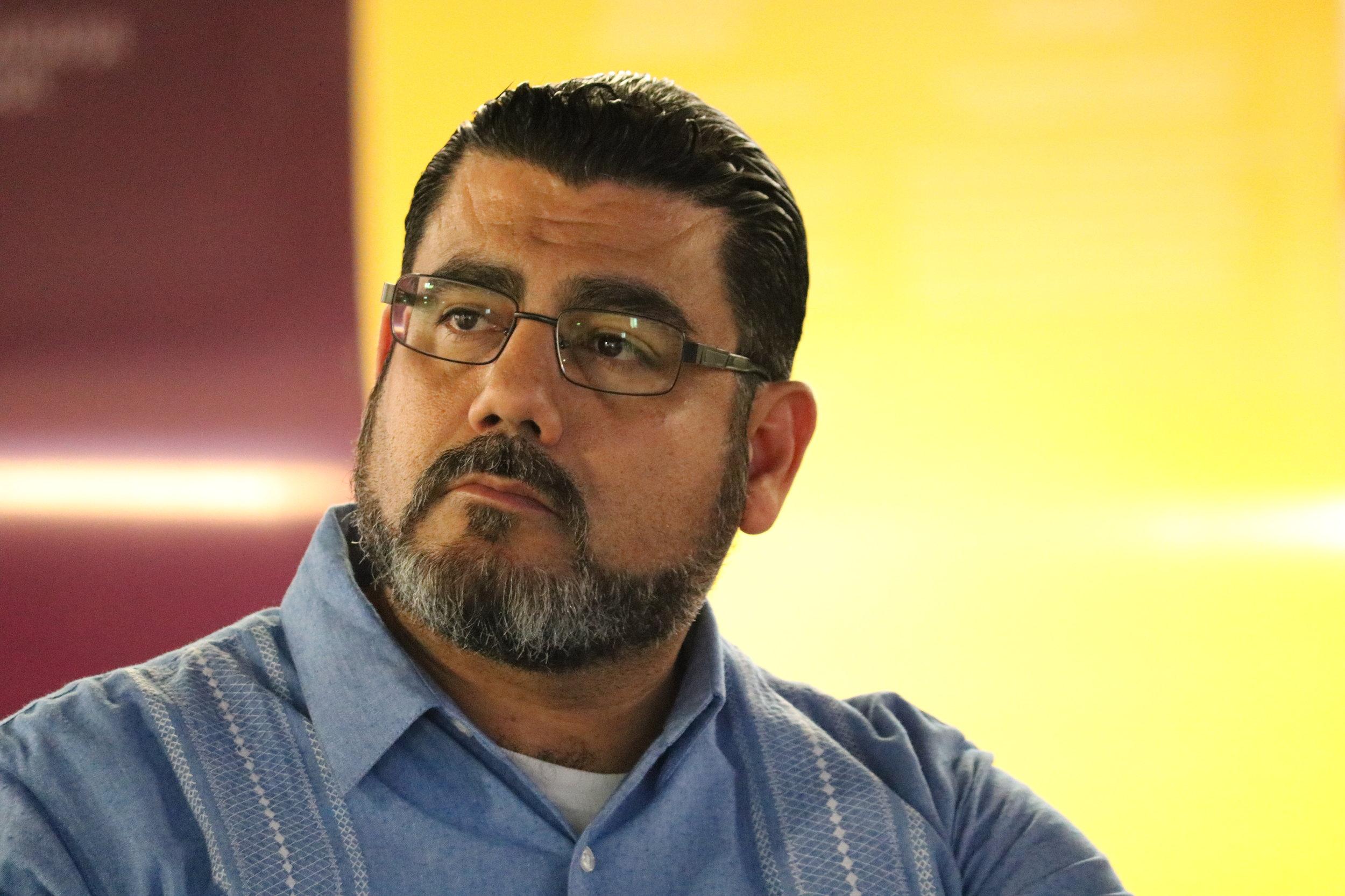 Luis Enrique Ibarra, Investigador UES