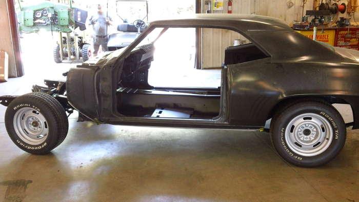 69-Camaro-minneapolis-hot-rod-custom-car-restoration-1.jpg