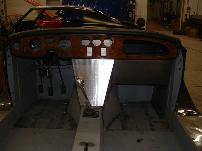 This shows off the waterfall very well. as stated before this will be covered with woodgrain as well as the dash with new metric gauges