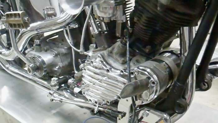 1947-harley-knucklehead-bobber-hot-rod031813053110VID01949.jpg