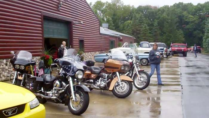 tribute-to-the-troops-hot-rod101413044848VID02686.jpg