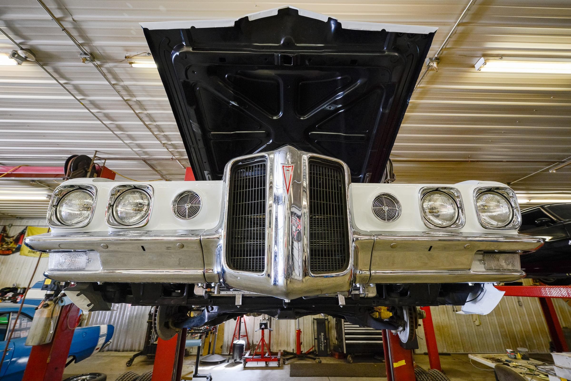 Minnesota Hot Rod Factory Garage
