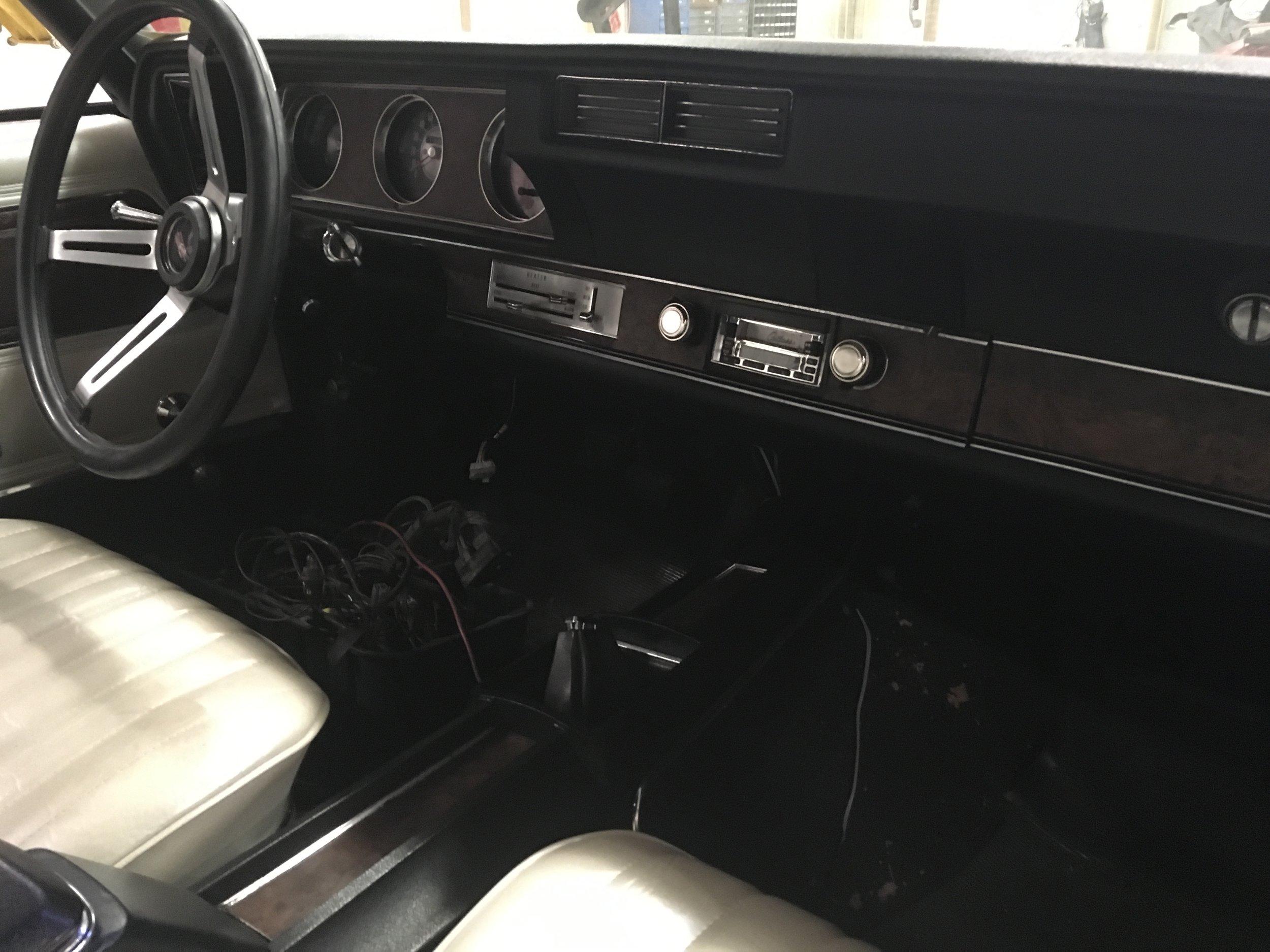 1970-oldsmobile-cutlass-minneapolis-custom-hot-rod-car-restoration-20.jpg