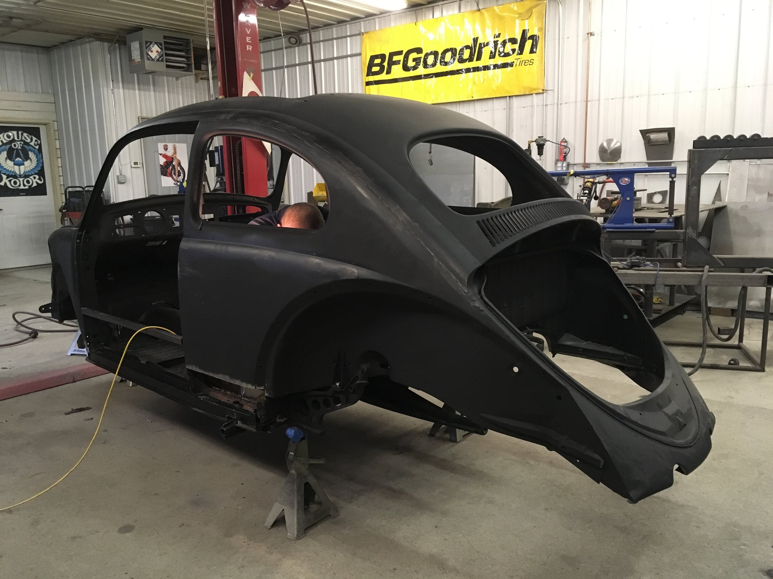 1962-volkswagen-frame-and-body-work-minnesota-hot-rod-factory-vintage-car-restoration.jpg