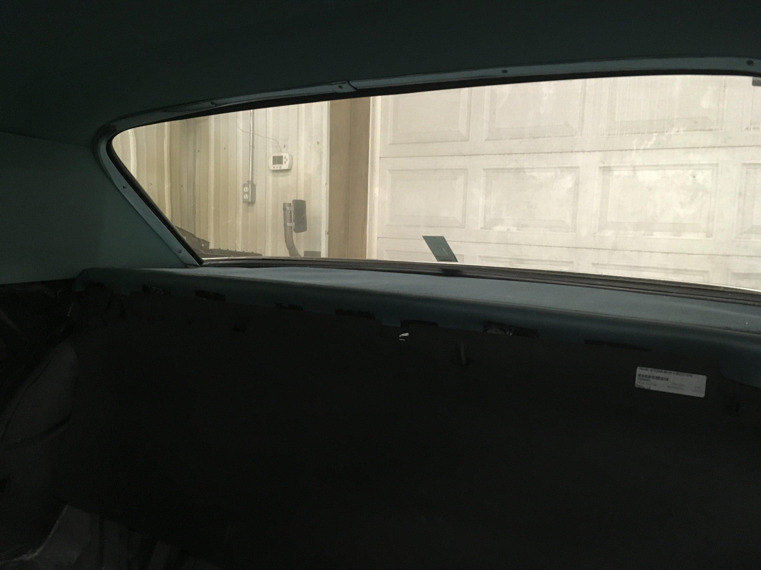 1962-Pontiac-Bonneville-minneapolis-hot-rod-custom-build-restoration-rear-windshield.jpg