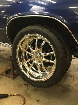 car-restoration-bodywork-1967-chevelle-hot-rod-factory.jpg