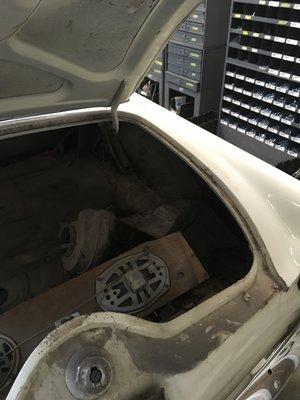 1956-thunderbird-trunk-minneapolis-car-restoration-hot-rod-factory (1).jpg