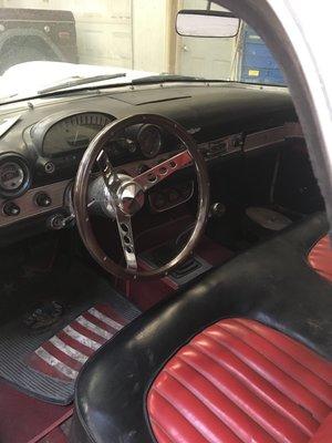 1956-thunderbird-interior-minneapolis-car-restoration-hot-rod-factory.jpg
