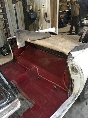 1956-thunderbird-interior-minneapolis-car-restoration-hot-rod-factory (1).jpg