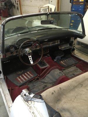 1956-thunderbird-interior-minneapolis-car-restoration-hot-rod-factory (2).jpg