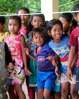 Cambodia Project - 1200+ VolunteersTeaching and sharing God's love to the people of Cambodia.YWAM CAMBODIA >