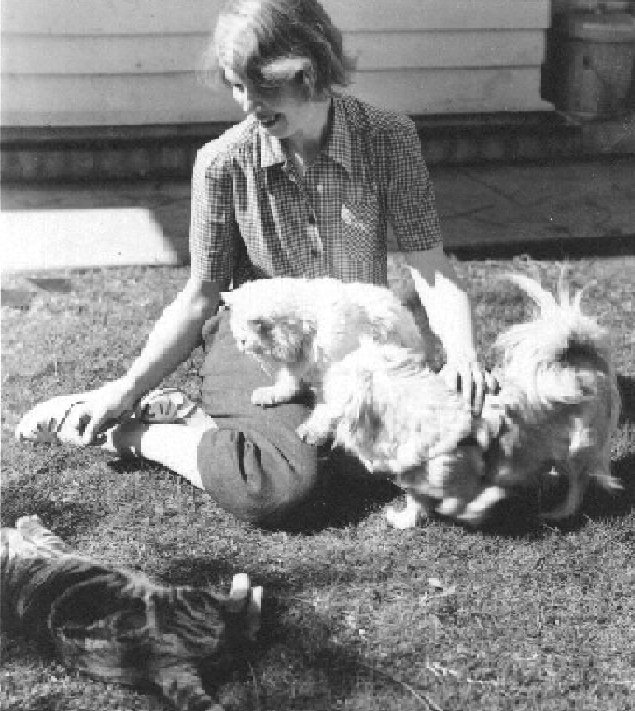 Helen with Snicky, Kilew and Mimi at the Ardmore House  circa 1950