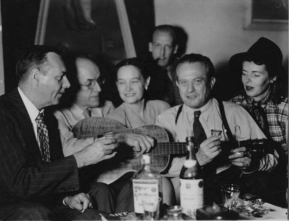 Feitelson and Lundeberg out with friends, 1947.