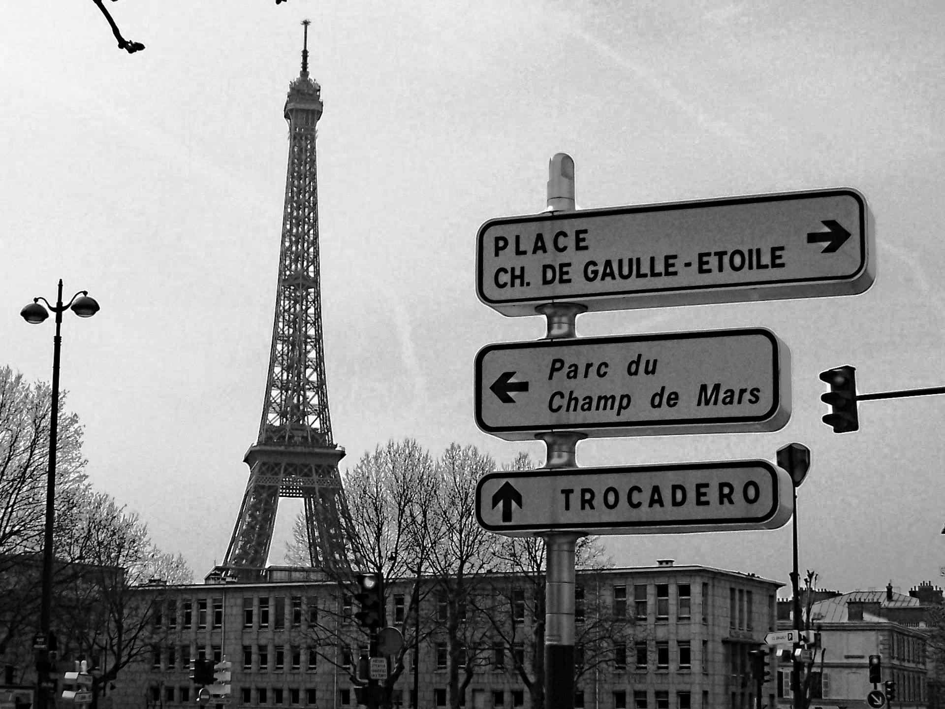 paris-street-signs.jpg