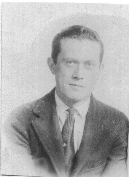 Lorser Feitelson, 1922