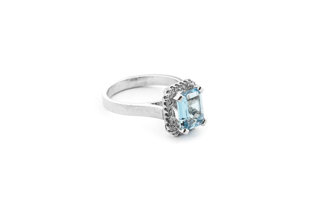 aquamarine-diamond-ring.jpeg
