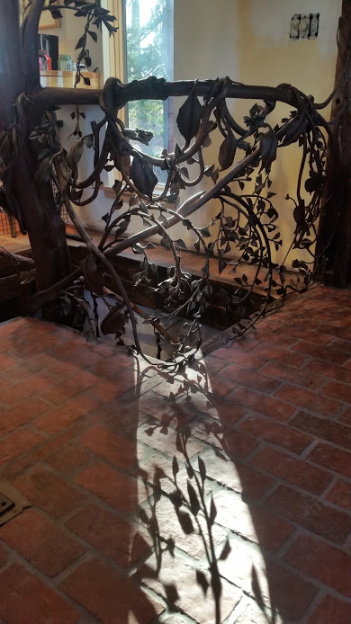 Handrail shadows