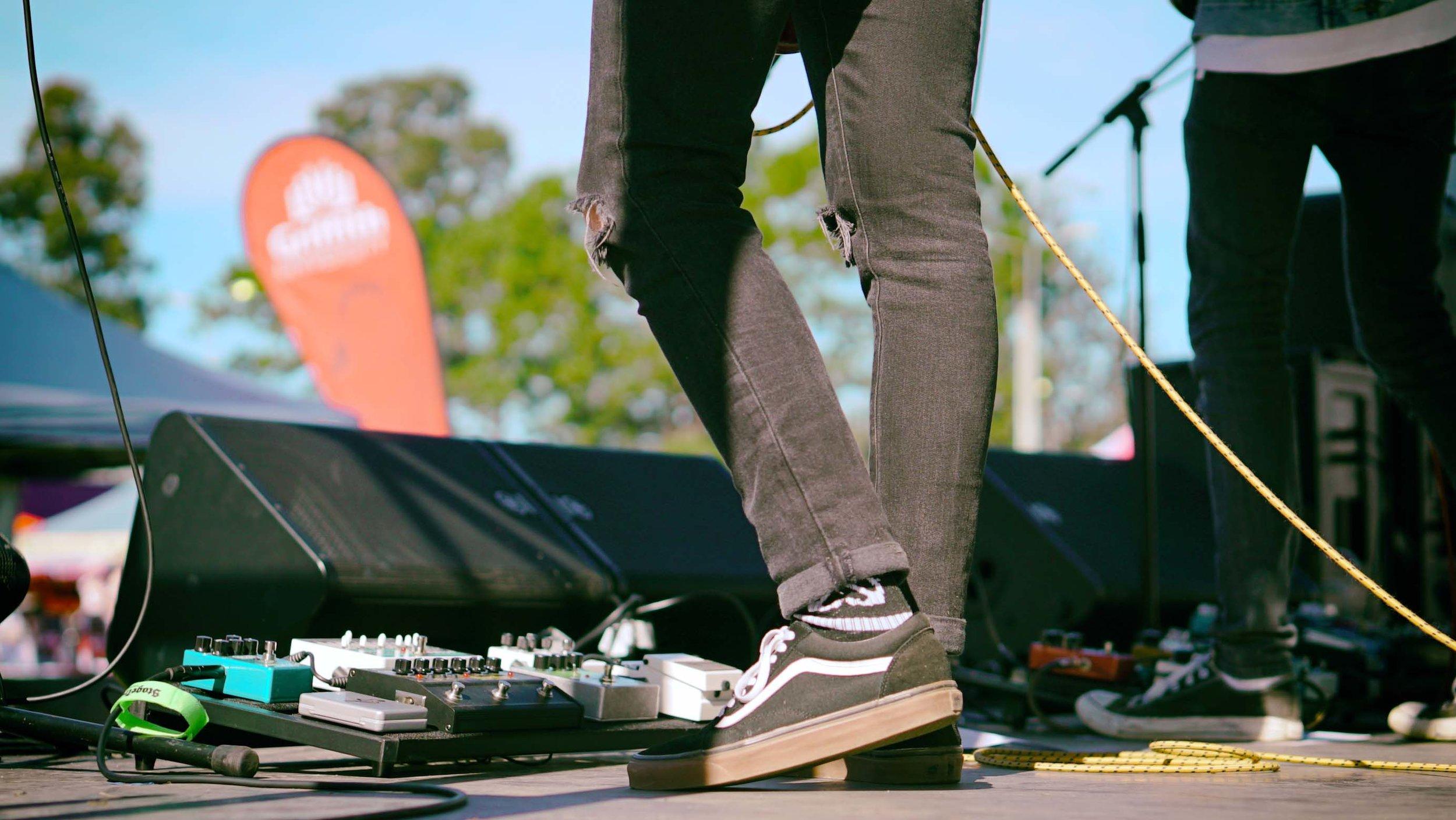 Alex-feet-Josh-King-Mudgeeraba-Show
