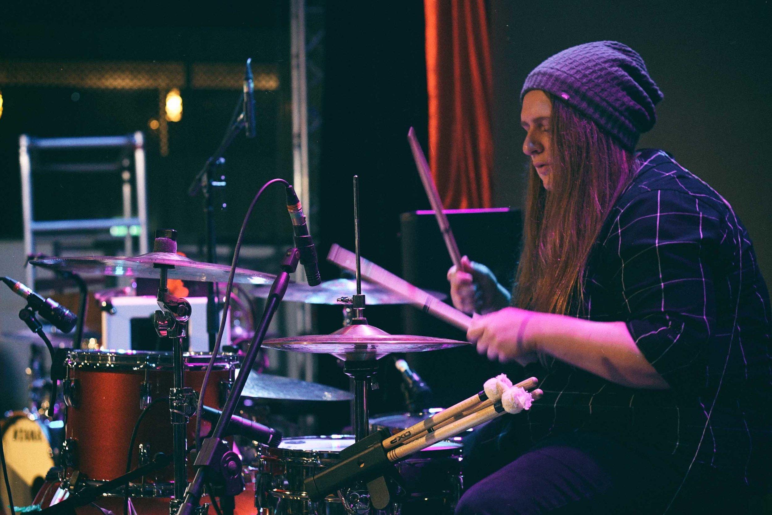 Tiarni Nichols performing with Athena Joy at NightQuarter 2018