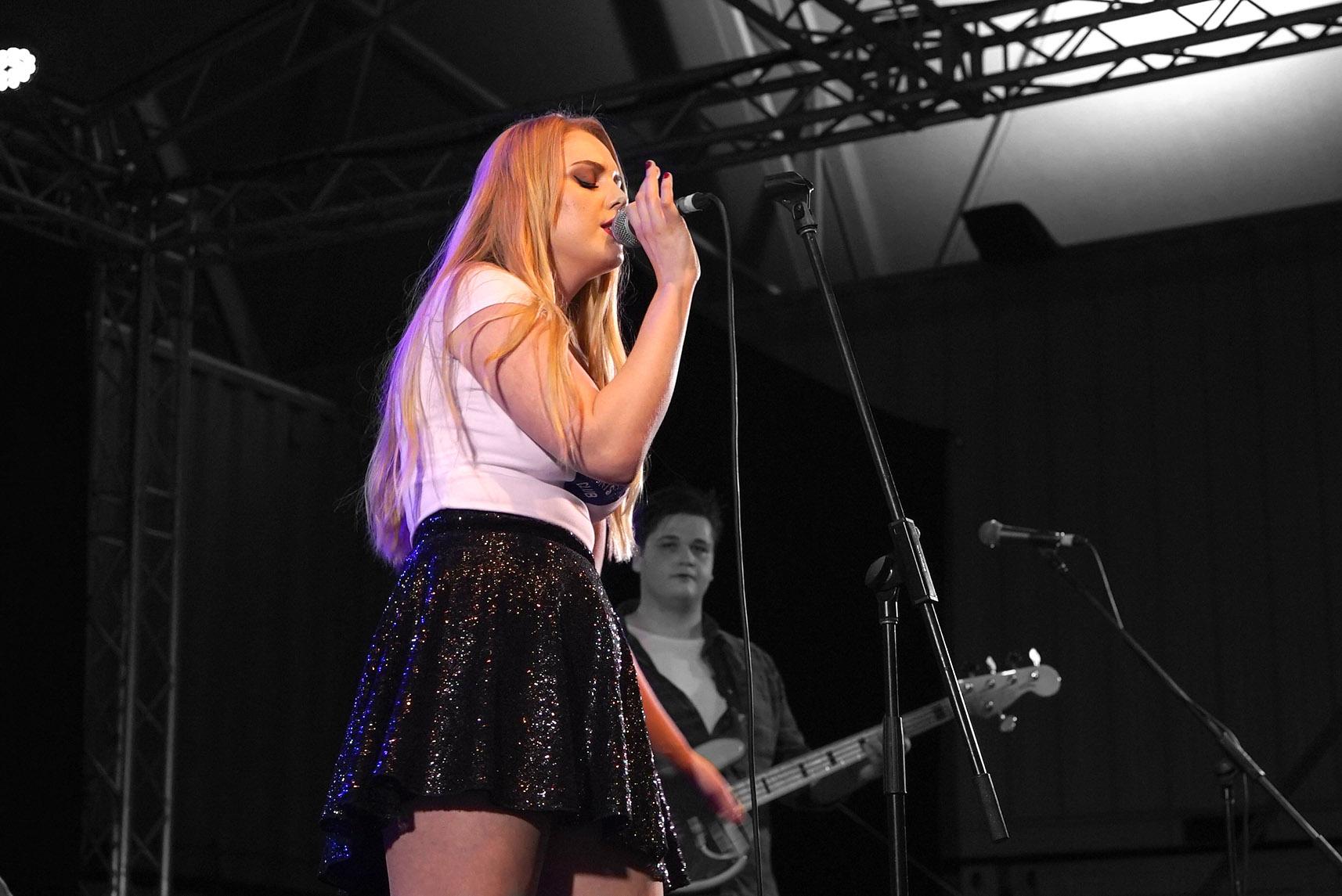 Amber Stone - NightQuarter