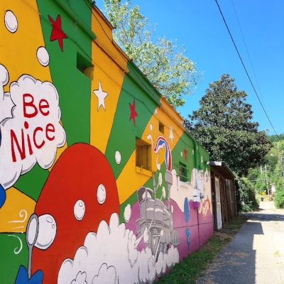 A gentle reminder. (Mural is in St. Elmo, Chattanooga, TN- Designed and Painted by Mark Ritch. Photo by me.)