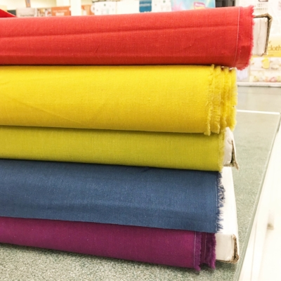 I had an unexpected encounter with Cloud 9's gorgeous organic cottons today. 2.5 yard came home with me for another upcoming collaboration idea.