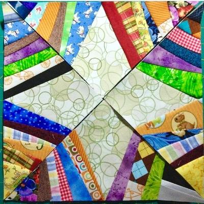 Secondary design in the Spiderweb Quilt