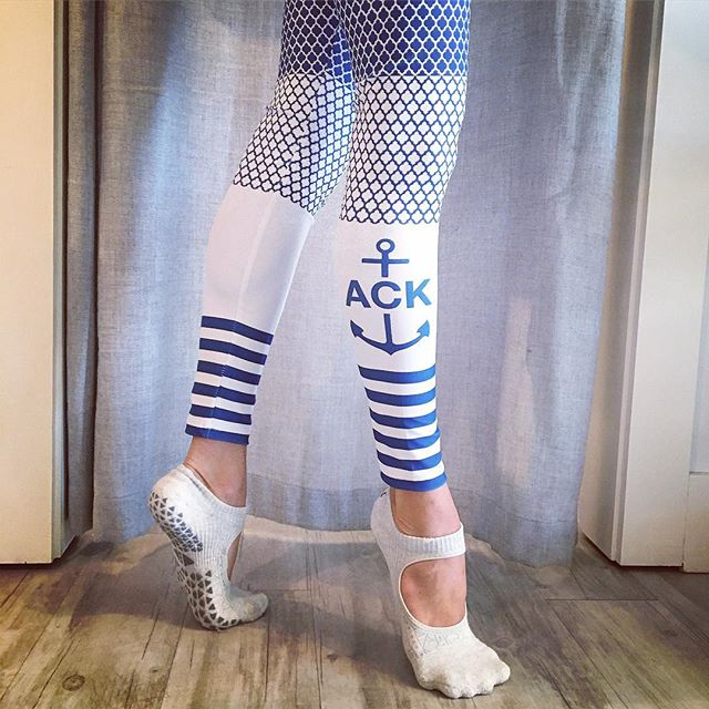 We 💙 our new ACK leggings from @altaregoapparel ! ⚓️ Lots of cute new arrivals in the store today!! #corenantucket #ack #nantucket #pilates #thesweatlife #athleisure #activewear