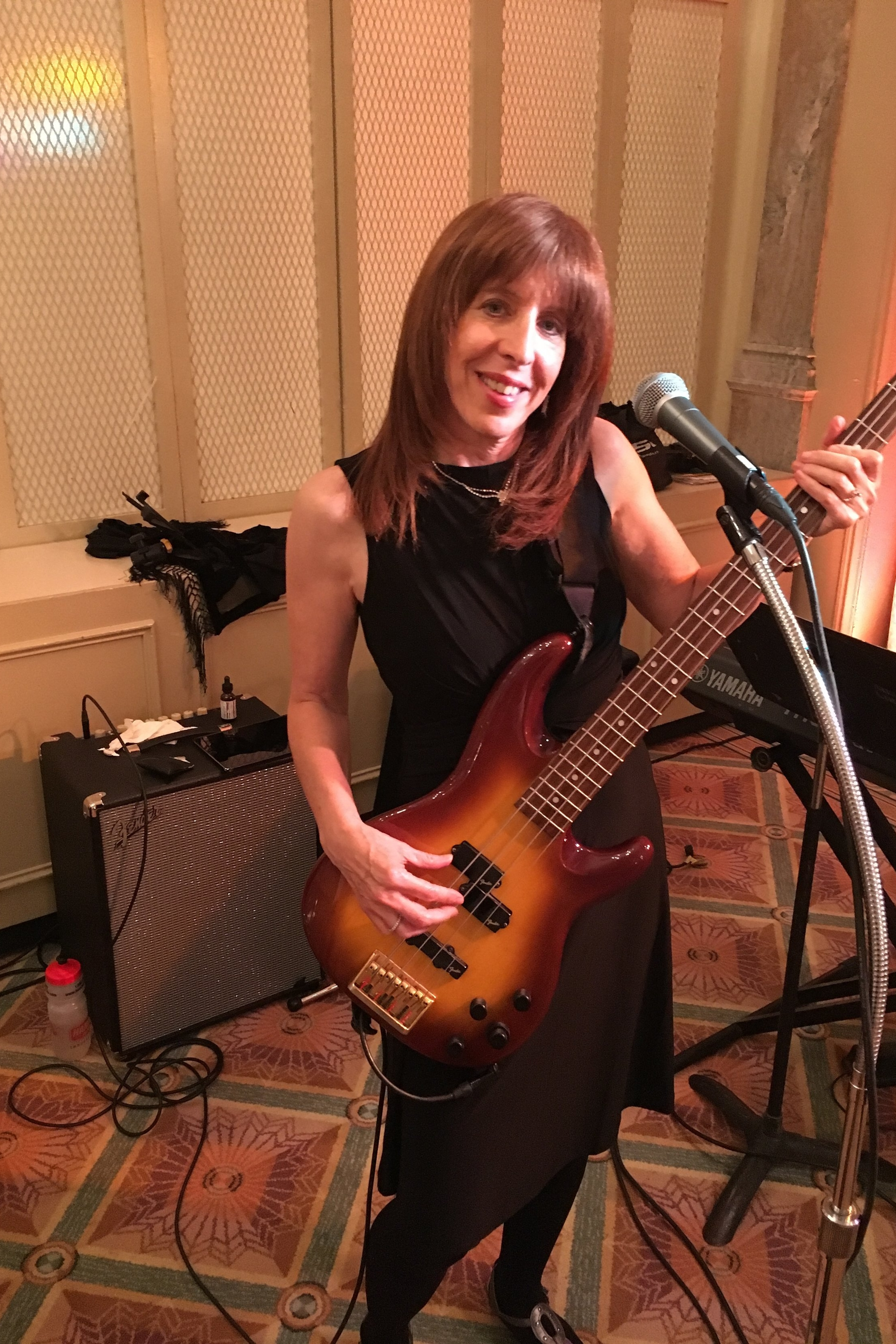 Wendy Hersh - Bass guitar and vocals