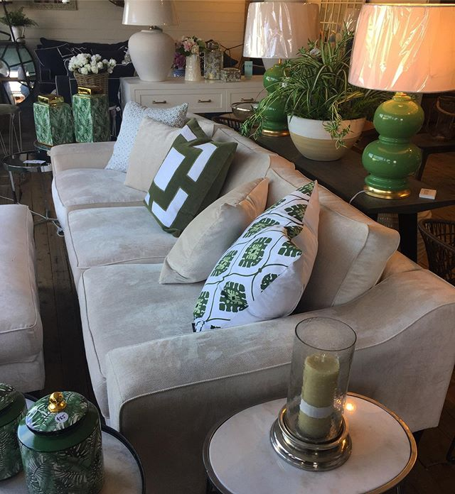The colour green inspires tranquility & a feeling of renewal. Is it time to renew your living area? Design your sofa with us today & have it delivered in 2 weeks*. The benefits of buying locally made quality furniture by us extend beyond saving you $$ on High St prices. Get the luxe look for less 🙌 #luxe . . . *subject to fabric availability