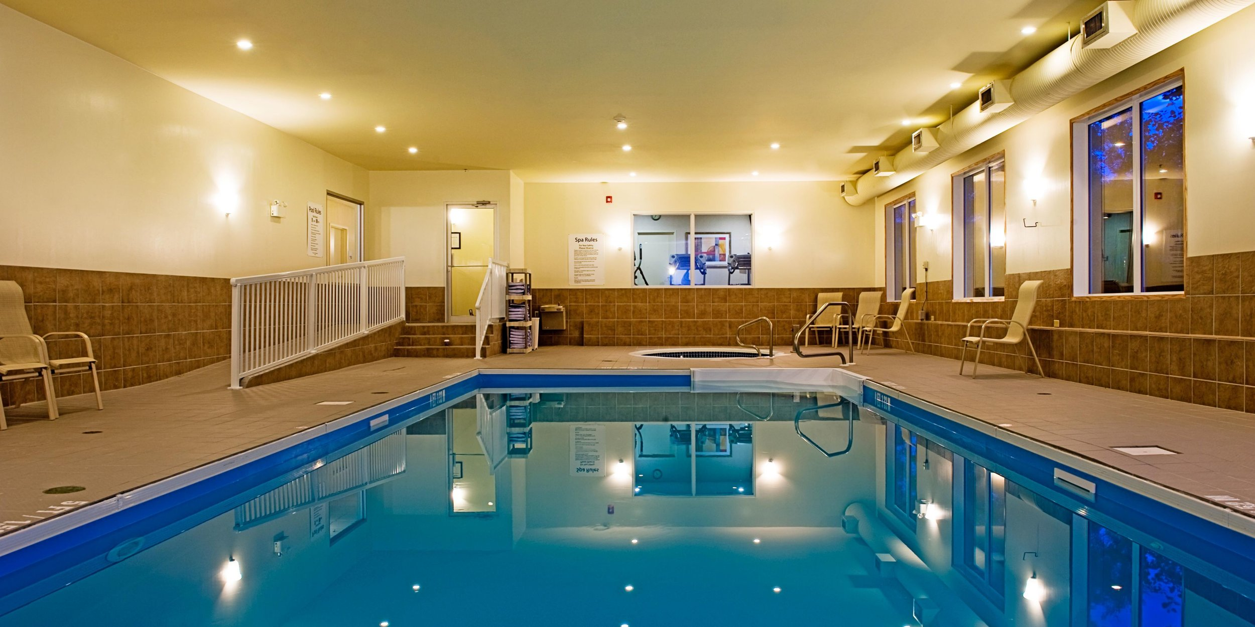 holiday-inn-express-and-suites-south-regina-2532277231-2x1.jpeg