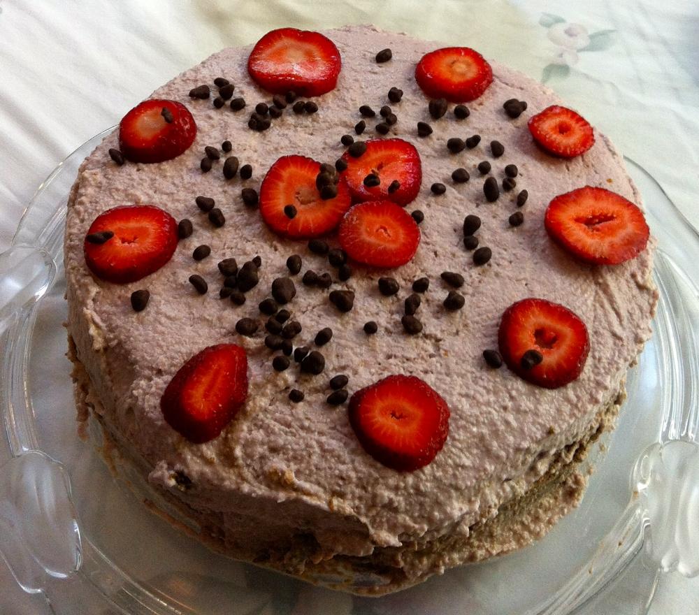 Straberry silk cake.jpg