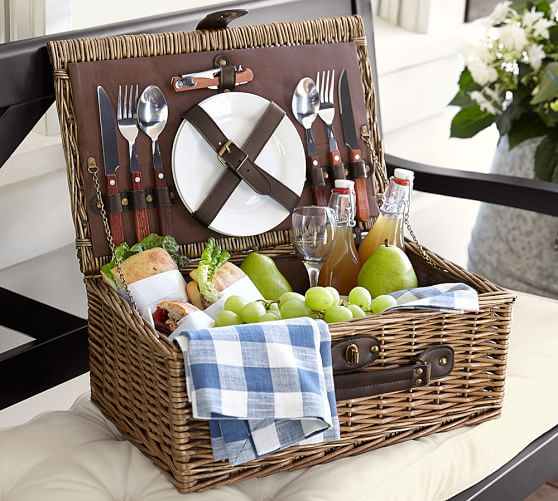 rattan-picnic-basket-for-2-c.jpg