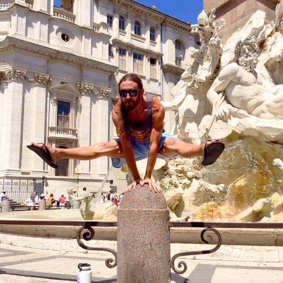 Julian JJ Garcia Yoga Trieste