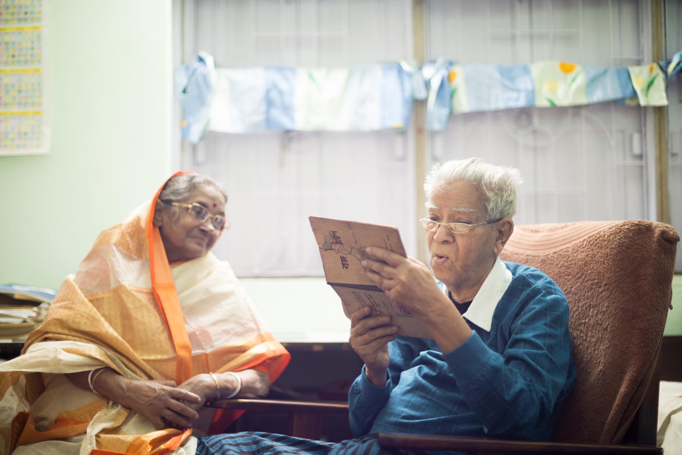 15_Chhandak Pradhan-journal-Living_in_Memory-old_dementia_grandparents.jpg