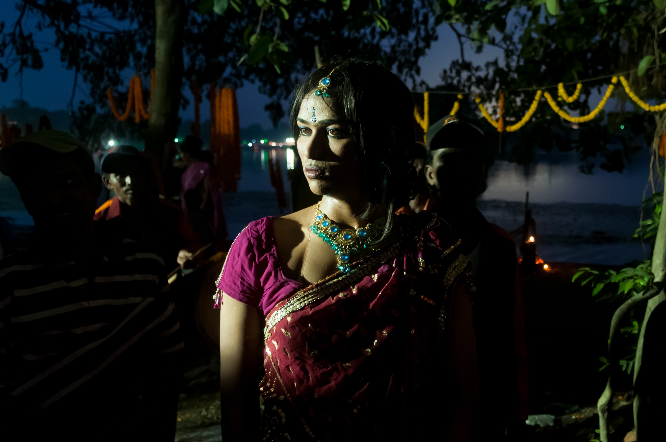 9_Chhandak Pradhan-reportage-Lipstick Men-transgender_dancer_India_Calcutta.jpg